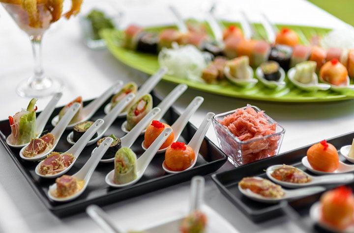Food Projects - vieno kąsnio užkandžiai šaukšteliuose vestuvėms