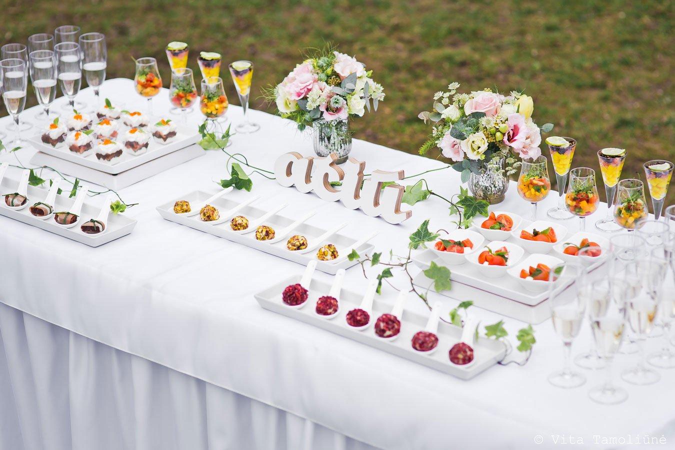 Food Projects - vieno kąsnio užkandžiai vestuvėms