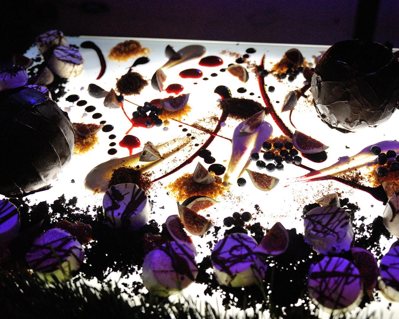 Restoranas Siesta - desertų šou - įpūdingas vestuvių šventės akcentas