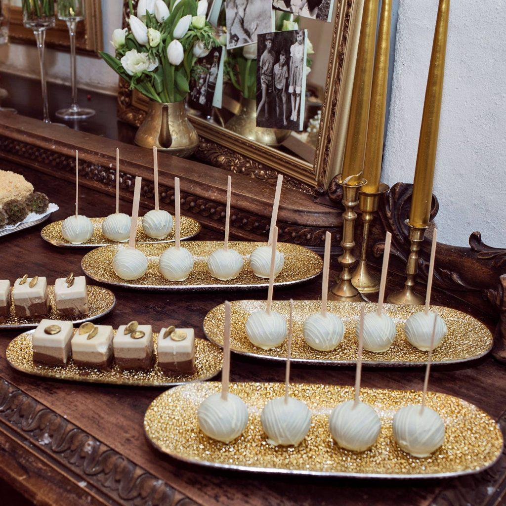 Vidurnakčio saulė - vestuvių dekoravimas