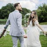 Mazajinga photography - dviejų profesionalių fotografų komanda - vestuvių fotosesija santuokos vietoje