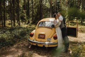 Automobilių nuoma vestuvėms - geltonas vabalas - Foto Sandra Tamos