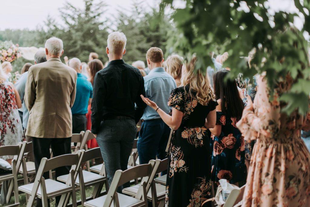 Kaip užimti vestuvių svečius