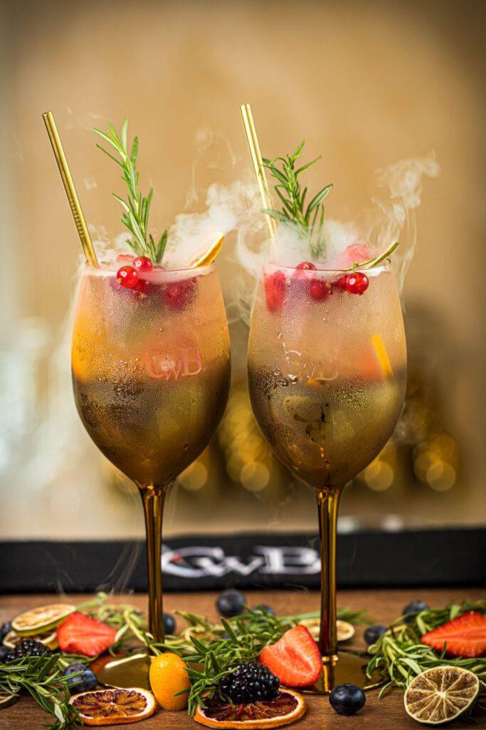 CwB Barmanų ruošiami kokteiliai vestuvėse